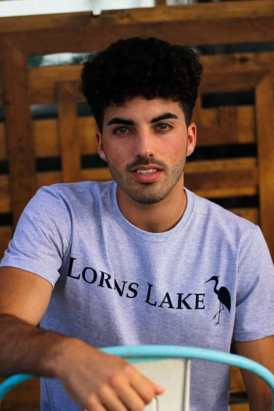 Lorens lake tee gris 400x600